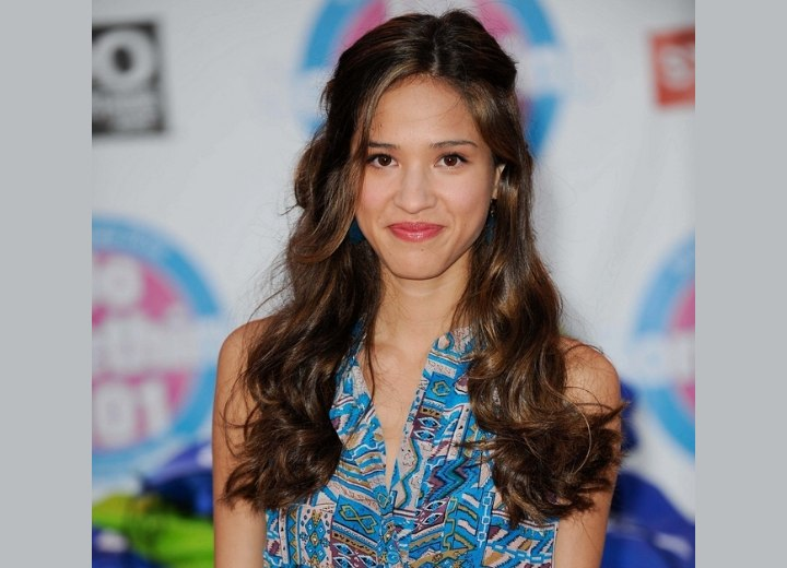 Kelsey Chow's brown hair with long curls