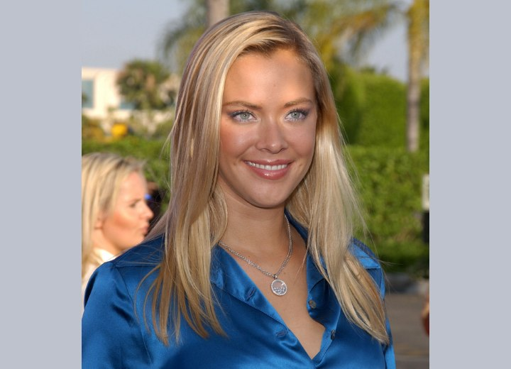 The effect of the sun on Kristanna Loken's hair