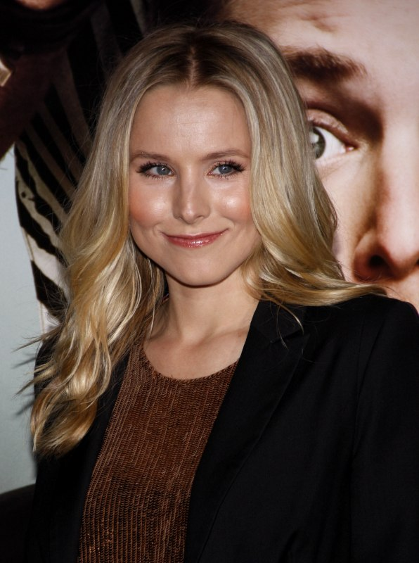 Kristen Bell With Long Blonde Hair In Waves Surrounding