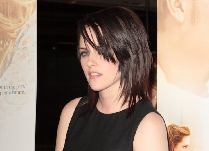 Hair with angles along the sides - Kristen Stewart