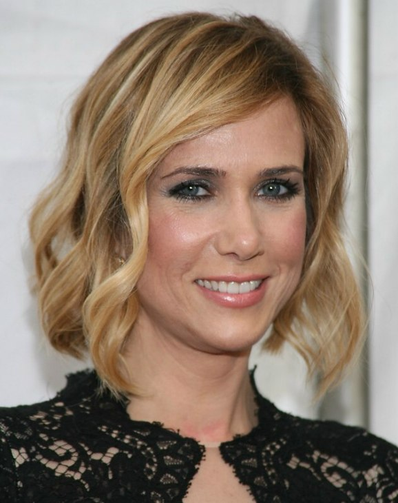 Kristen Wiig Wearing Her Hair In A Bob Hairstyle With