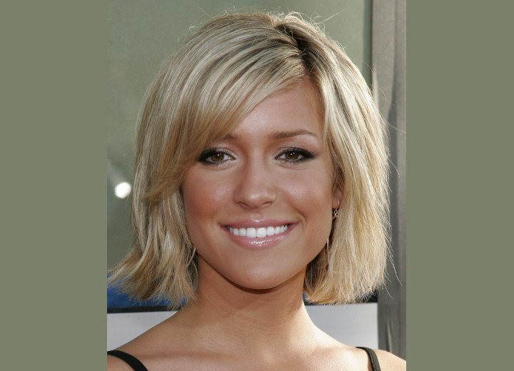 Kristin Cavallari's halfway upon the neckline haircut