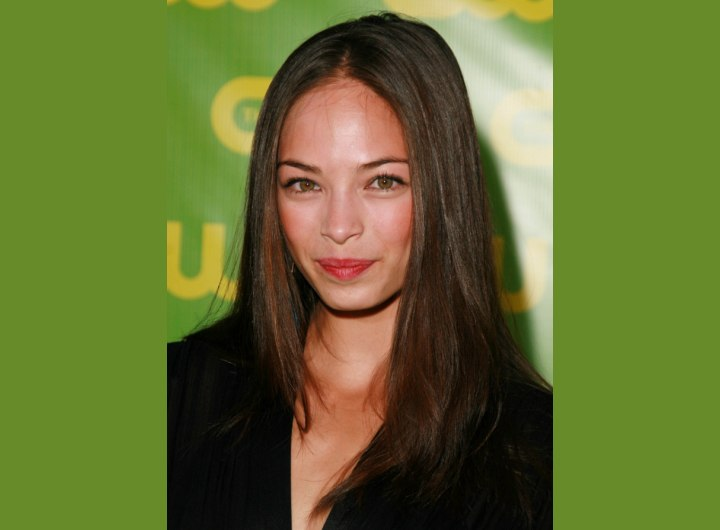 Kristin Kreuk's chocolate brown hair color