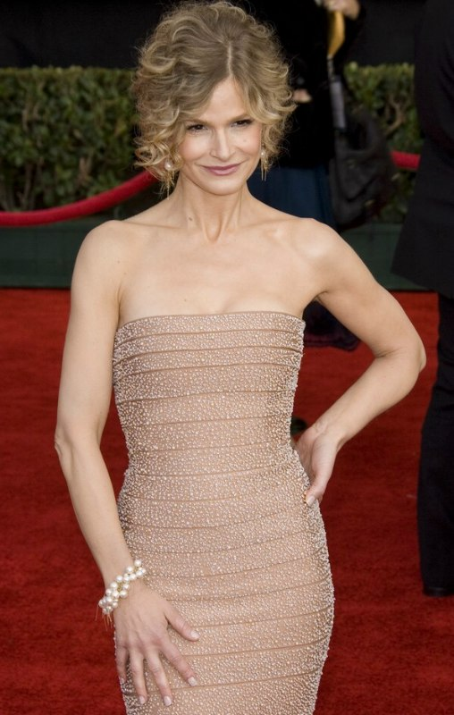 kyra sedgwick leaving the closer