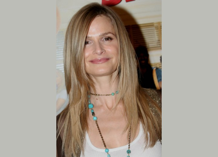 Kyra Sedgwick wearing her hair long and tapered