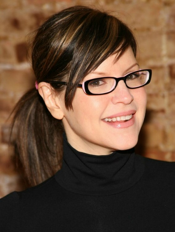 Lisa Loeb Wearing A Ponytail And Kimberly Caldwell S