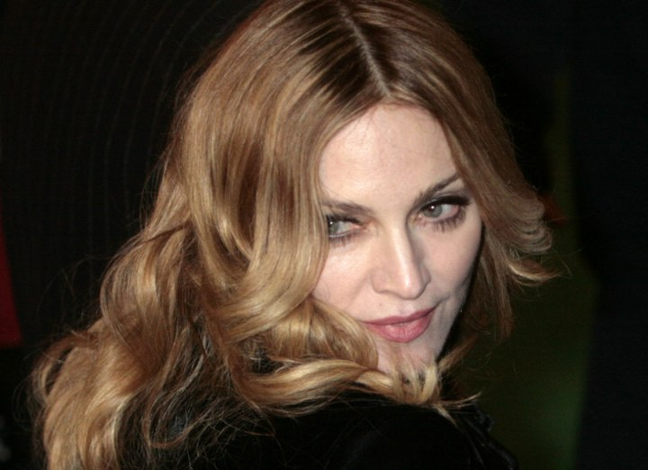 Madonna - Fashionable hair for women aged over 40