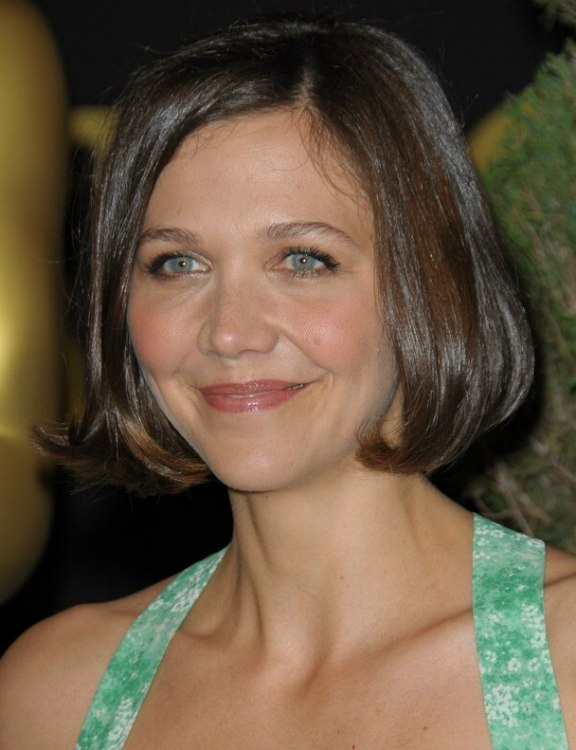 Maggie Gyllenhaal S Short Bob Hairstyle With The Hair