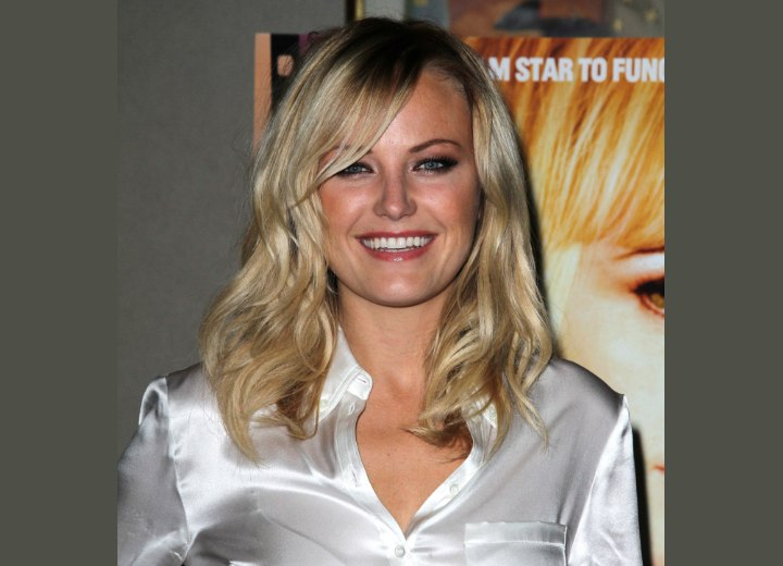 Malin Akerman's hair with side-sweeping bangs