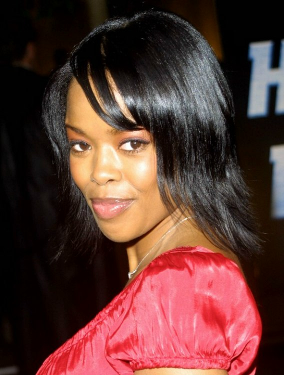 Malinda Williams Wearing Her Hair In A Shag Cut And Super Short