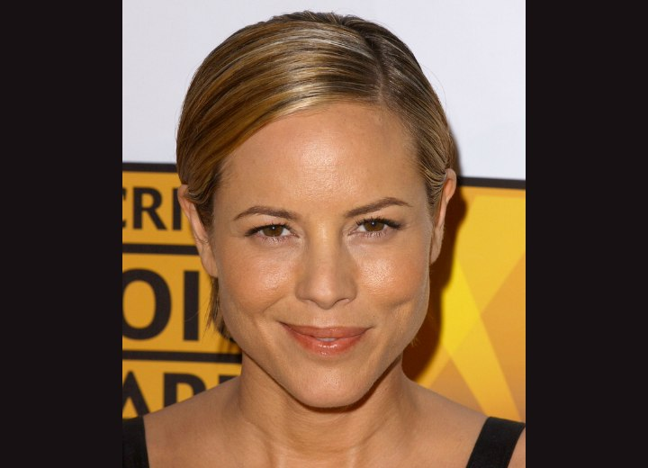 Maria Bello's dramatic short and flat hairstyle