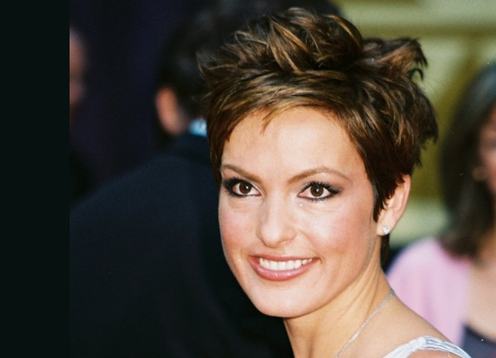 Mariska Hargitay with her hair in a pixie