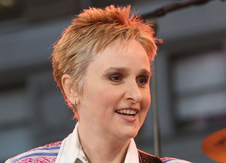 Pixie for blonde hair - Melissa Etheridge