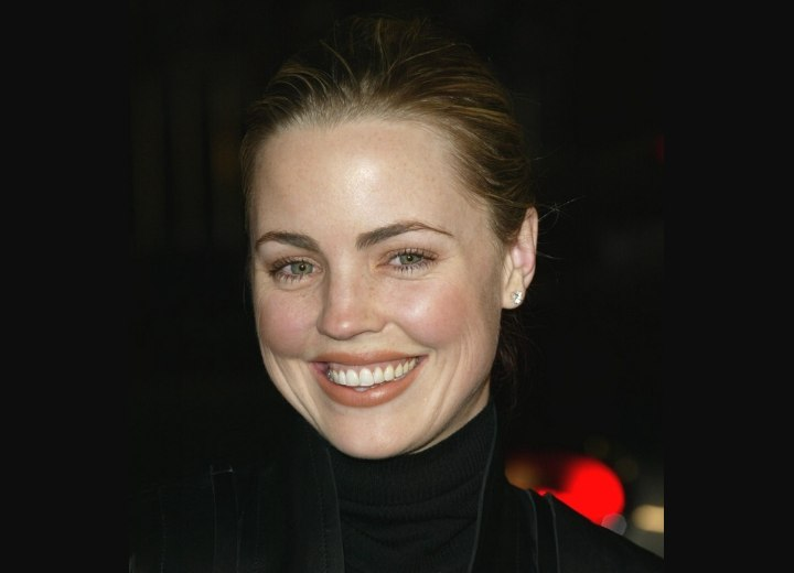 Melissa George wearing her hair up