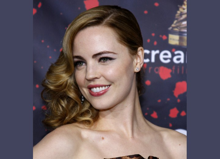 Melissa George's Old Hollyood hairstyle