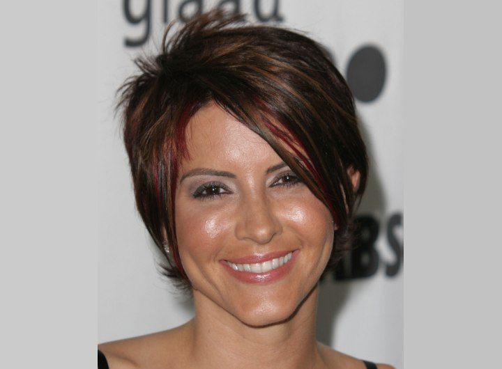 Short haircut with slithering - Michelle Clunie