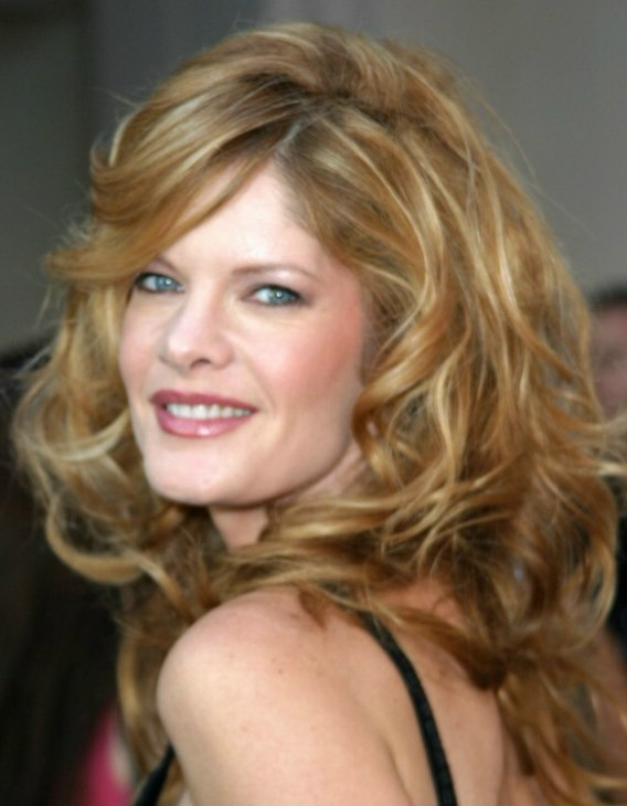 Michelle Stafford S Long Hair With Lots Of Volume