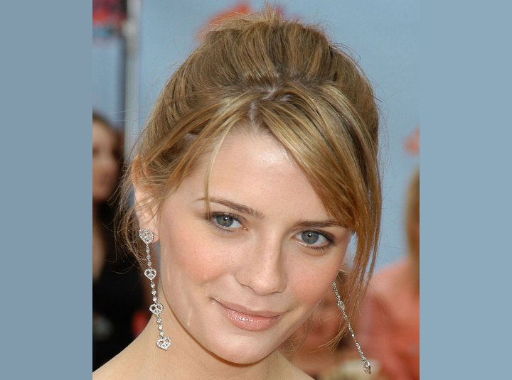 Top view of Mischa Barton's hair