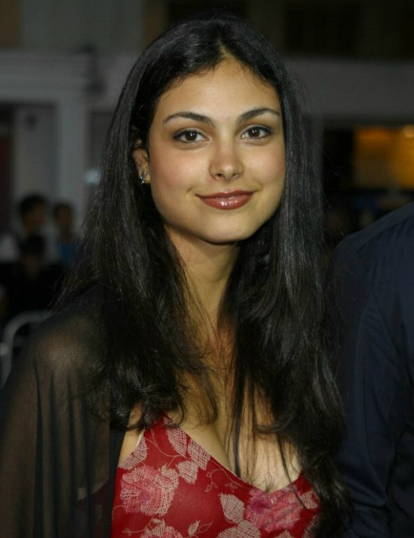 Morena Baccarin S Long Hair With A Centered Part