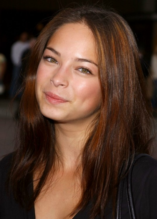 Kristin kreuk hair color