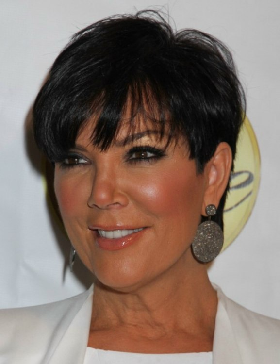 Kris Jenner wearing her hair short with the sides clipped