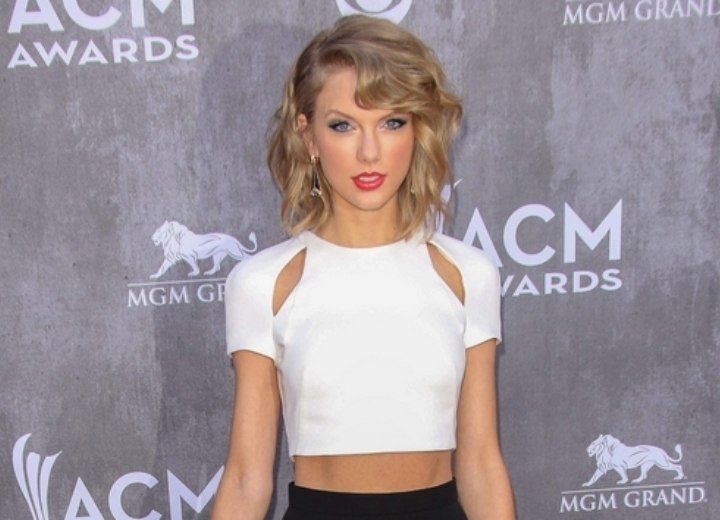 Dress and hair for a Taylor Swift look