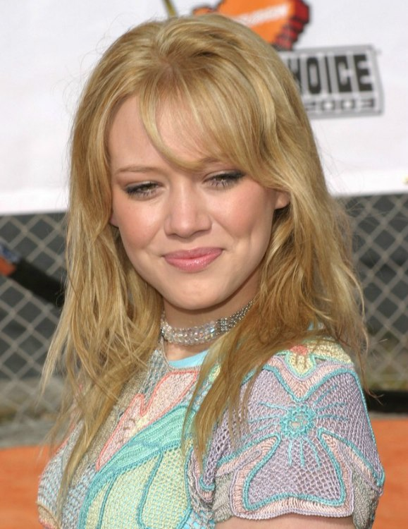 Hilary Duff S High Volume Blonde Hair With Long Layers
