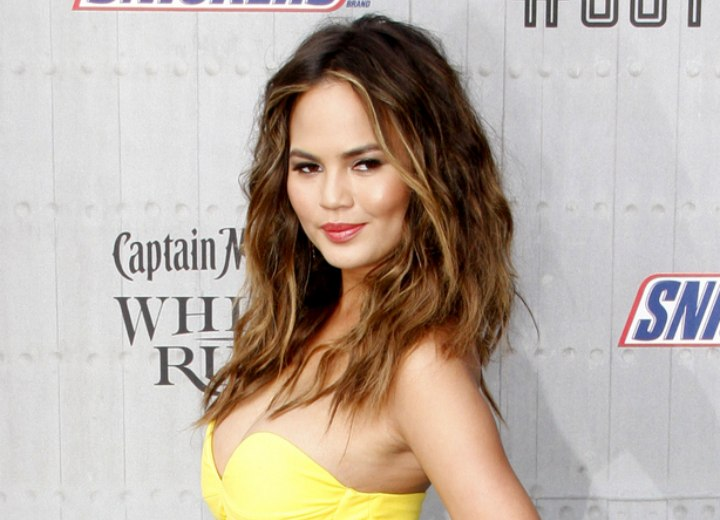 Chrissy Teigen's ombre hair color with brown and blonde