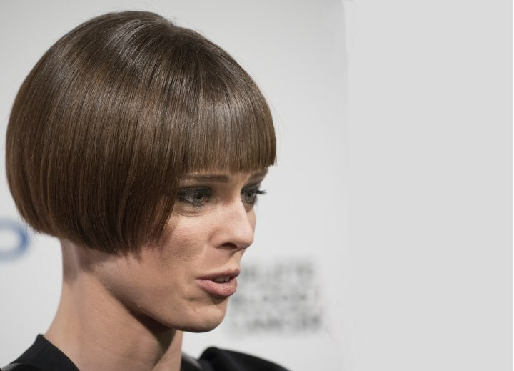 Coco Rocha wearing her hair in a very short bob