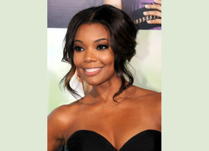 Gabrielle Union with hair that frames her face