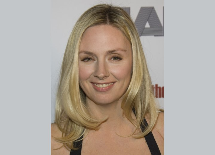 Hope Davis pale blonde hair color