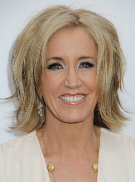 Felicity Huffman Mid Length Hairstyle With An Hourglass