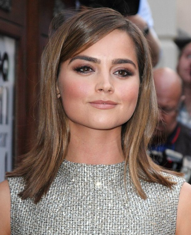 Jenna colemans smooth shoulder length hair with an outward flip jenna coleman shoulder length hairstyle solutioingenieria Gallery