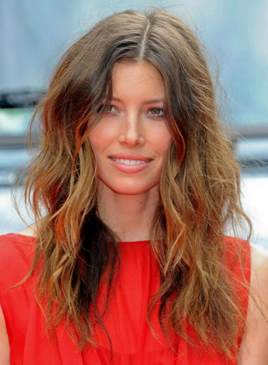 Blonde Hair With Color Underneath: Jessica Biel's Natural Brown Hair Color With Blonde Streaks