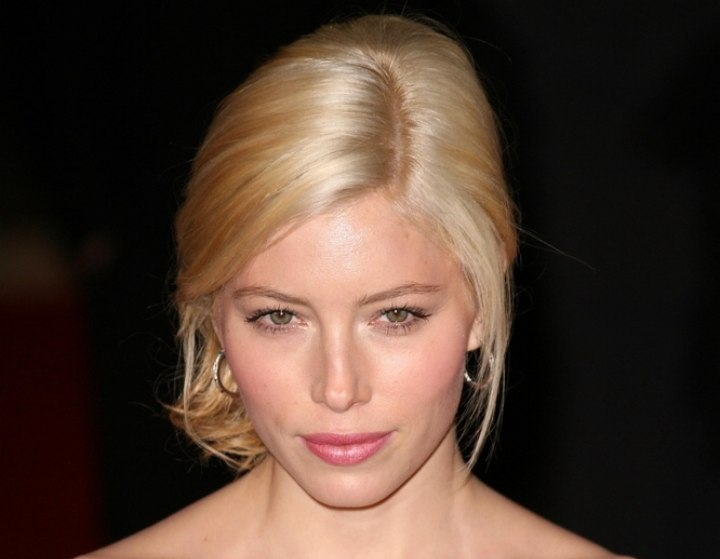 Crown view of Jessica Biel's hair