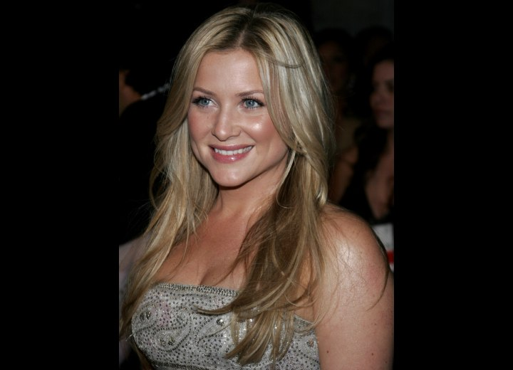 Side view of Jessica Capshaw's hair
