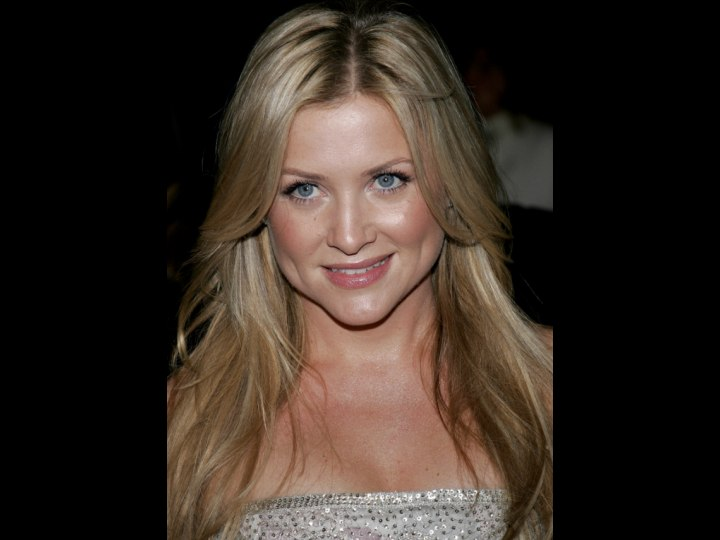 Crown view of Jessica Capshaw's middle parted hair
