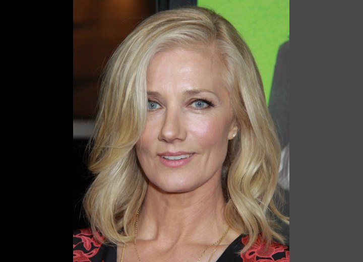 Joely Richardson with soft curled hair