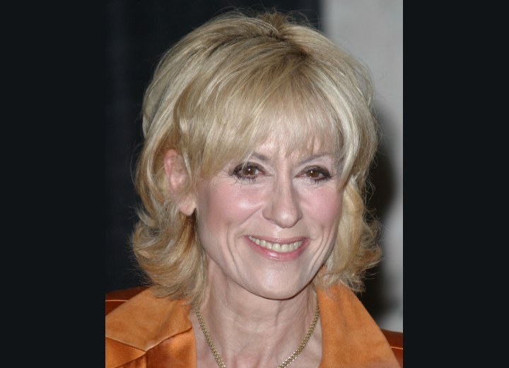 Hairstyle that makes mature women look younger - Judith Light