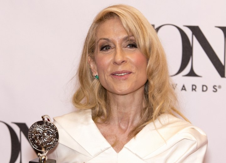 Long hair for older women - Judith Light