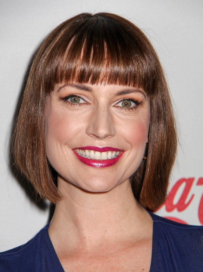 Julie Ann Emery's bob haircut with - 109.1KB
