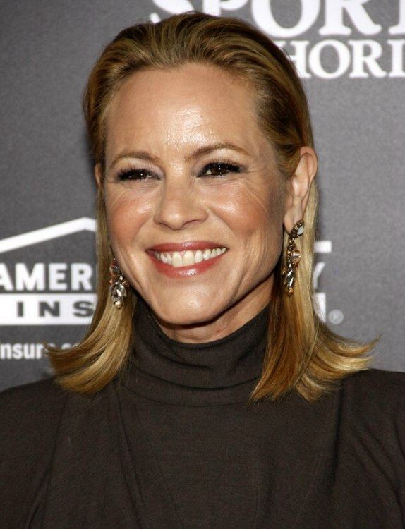 Maria Bello S Age Appropriate Hairstyle That Makes An Over