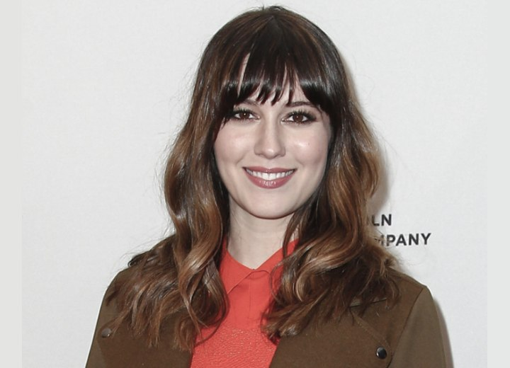 Mary Elizabeth Winstead brunette hairstyle with blunt bangs