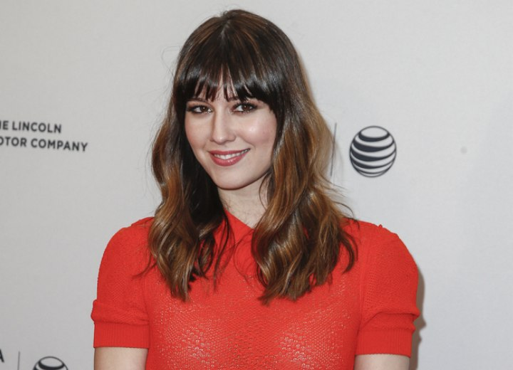 Mary Elizabeth Winstead's soft hair with loose waves