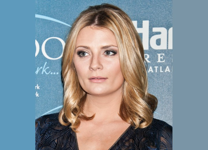 Easy manageable hair length - Mischa Barton
