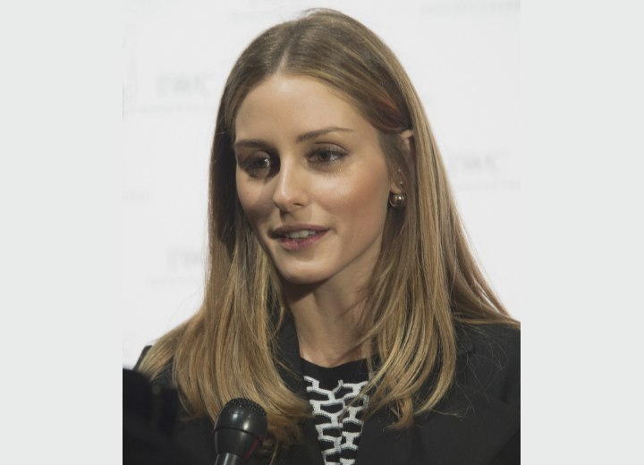 Olivia Palermo's natural hair color with highlights