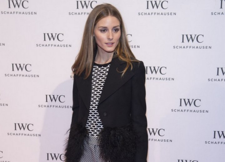 Olivia Palermo look with hair that bevels under at the tips