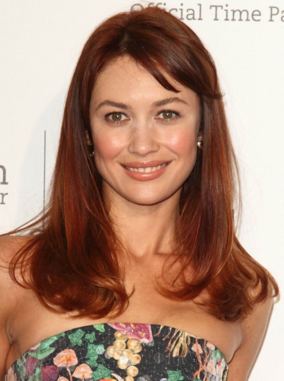 Olga Kurylenko S New Red Hair Color And Long Hairstyle