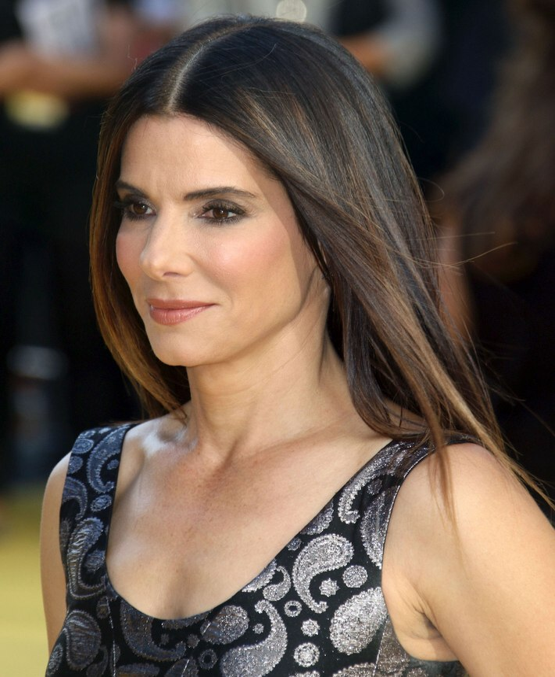Sandra S Closet: Sandra Bullock's Hair For A Youthful Appearance