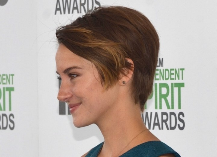 Shailene Woodley with her hair in a pixie - Side view